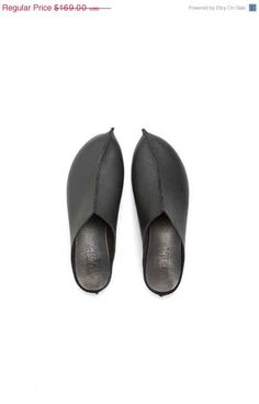 Wonderful handmade shoes (she makes sandles, too) from Walk by Anat Dahari out of Tel Aviv, on Etsy.