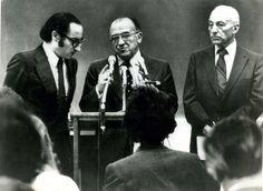 Santiago Carrillo en una conferencia de prensa celebrada en la Escuela de Estudios Superiores de la Johns Hopkins University el 22 de noviembre de 1977. Foto Cifra Gráfica-UPI.