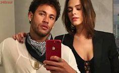 Bruna Marquezine reencontra Neymar e casal comemora com fotos na web