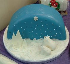 Blue Half-moon Christmas Cake - Too Nice To Slice-Wedding & Celebration Cakes -Latham St. Christmas Cake Designs, Christmas Cake Decorations, Christmas Cupcakes, Holiday Cakes, Christmas Desserts, Christmas Treats, Christmas Design, Wedding Decorations, Fondant Cakes