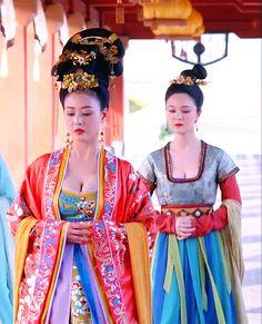 Hanfu:traditional Chinese costume. Zhou Haimei in 'Empress of China'.