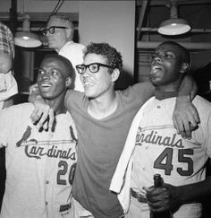 Trio of Cardinals - Lou Brock, Julian Javier, and Bob Gibson celebrating victory over the Red Sox to win the 1967 World Series. St Louis Baseball, Baseball Star, Baseball Players, Baseball Classic, Baseball Pics, Baseball Tickets, Mlb Players, Baseball Cards, Cardinals Players