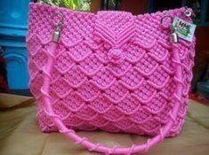 New Crochet Shrug Pattern Collars Ideas Diy Crochet Halter Top, Boho Crochet, Crochet Braids, Crochet Cowl Free Pattern, Crochet Blanket Edging, Crochet Shell Stitch, Macrame Purse, Double Crochet Decrease, Finger Crochet