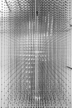 Random International, Swarm lighting installation, Carpenters Workshop Gallery Paris