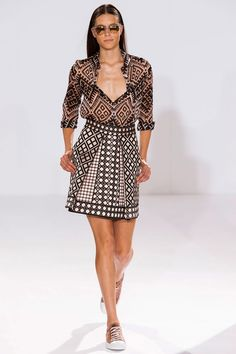 Temperley London Spring 2015 Ready-to-Wear - Temperley London Ready-to-Wear Collection