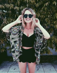 Love This Out Fit Super Cute. & Hipster . Again The Cardigan. Lace Black Shorts. Black V Crop. <3 A.D.O.R.E ^^^
