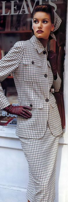 Timeless Tartan Outfit Fashion for men and women. Tartan Style ideas for mens fashion and womens fashion. Outfit ideas to try. Office Fashion, Work Fashion, Fashion Outfits, Womens Fashion, Plaid Fashion, Street Fashion, Power Dressing, How To Have Style, My Style