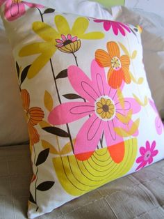 bright yellow cushion!