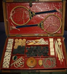 Game trunk from Victorian Era Victorian Games, Victorian Toys, Victorian Life, Victorian Dollhouse, Modern Dollhouse, Victorian Fashion, Antique Toys, Vintage Toys, Vintage Antiques