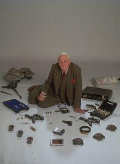 Gadgets of James Bond James Bond Gadgets, Detective, Bond Cars, Home Tech, James Bond Movies, Secret Service, Stamp, Tv, Bond Girls