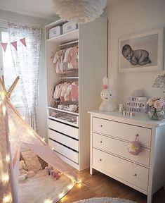 23 Sweet Baby Girl Room Ideas which Will make baby sleeping comfortable Kinderzimmer Deko Baby Room Ideas Baby Room Closet, Baby Bedroom, Baby Room Decor, Nursery Room, Girls Bedroom, Bedroom Decor, Bedroom Wall, Room Baby, King Bedroom
