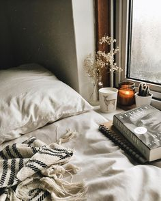 """978 Likes, 13 Comments - Polly☽ UK (@pollyandbooks) on Instagram: """"Listening to the rain with the comfort of being indoors & getting caught up in the pages of a…"""""""