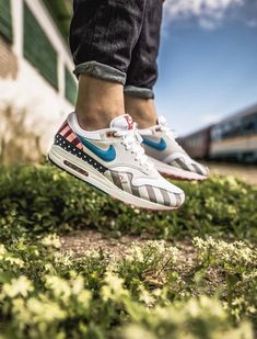 pretty nice e13a8 88dc7 Parra x Nike Air Max 1 Sole Trees designs high quality premium shoe trees  for sneakers that reverse and minimize creasing and help maintain original  shape ...