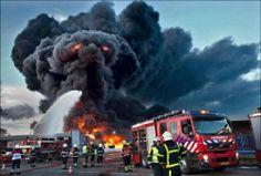Smoke Monster...Awesome Shot #Firefighting