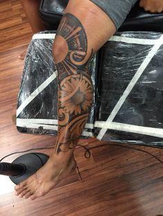 Maori Tattoos in London Maori Tattoos, Leg Band Tattoos, Filipino Tribal Tattoos, Maori Tattoo Designs, Leg Tattoo Men, Calf Tattoo, Tattoo Sleeve Designs, Polynesian Tattoos, Tatoos