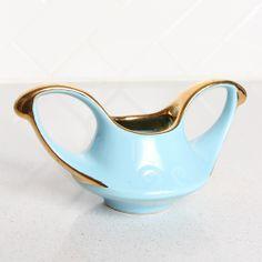 1940's Blue Tea Pot, Creamer/Sugar Sugar Bowls And Creamers, Vintage Tableware, Tea Time, 1940s, Tea Pots, Blue, Vintage Dinnerware, Tea Pot, Vintage Dishware