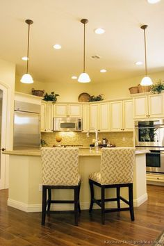 #Kitchen of the Day: Antique White Kitchen Cabinets.