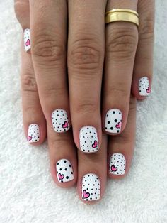 Cute Manicures - Pink and Black Nail Designs - Valentines Nails - The Best Valentines Nail Designs - Easy and Cute Valentines Day Nails, Heart Nail Designs and Nail Color Ideas Heart Nail Designs, Dot Nail Designs, Cute Nail Art Designs, Nails Design, Heart Nail Art, Heart Nails, Heart Art, Diy Nails, Cute Nails