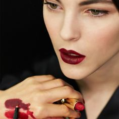 Wear Multiple Lipstick Shades Together
