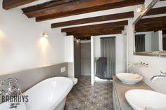 Klassieke Badkamer met vrijstaand bad, Het Badhuys Breda | Het Badhuys