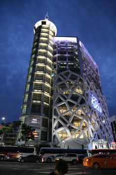 Dongdaemun Design Plaza (동대문디자인플라자(DDP) Seoul,korea  동대문디자인플라자의 야경,,,판타지아,,,  동대문 플라자 DDP http://english.visitkorea.or.kr/enu/SI/SI_EN_3_1_1_1.jsp…  우리들한의원 홈피 Wooreedul Korean Medicine Clinic English HP http://www.iwooridul.com/english 日本語HP http://www.iwooridul.com/japan 中國語 HP http://www.iwooridul.com/chinese  우리들한의원 무료앱 다운법 사상체질진단가능 free app. sasang diagnosis program. http://www.iwooridul.com/app-update