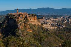 Civita di Bagnoregio - La Rocca e i calanchi