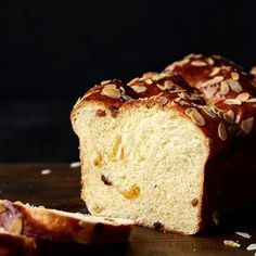 is the softest and fluffiest brioche you will ever get. It's a typical Austrian sweet bread. Croissants, Austrian Recipes, Cooking Spoon, Almond Cream, Easter Traditions, Challah, Sliced Almonds, Sweet Bread, Bread Baking