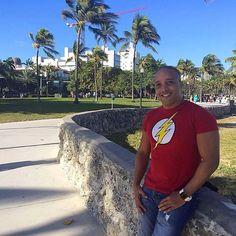 a new photo taken by douglasbernal! Este es el momento donde le doy gracias a Dios por brindarme la oportunidad de disfrutar estos instantes maravillosos en una ciudad llena de magia alegría y fantasía!!! Qué placer poder regresar a la Ciudad de Miami para activar mis nuevos proyectos para el 2016#miami #sueños #proyectos #vacations #florida #buenasvibras #gratitud http://ift.tt/1K3E5C2