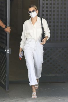 Hailey Queen, Fashion Models, Girl Fashion, Hailey Baldwin Style, Celebrity Style Inspiration, Celeb Style, Scandinavian Fashion, All White Outfit, Looks Chic