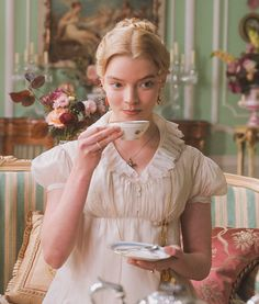Emma Woodhouse, Emma Movie, Jane Austen Movies, Anya Taylor Joy, Princess Aesthetic, Period Costumes, Glamour, Pride And Prejudice, Poses