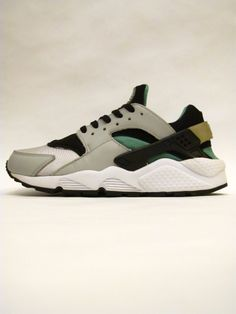 best cheap 06296 bf289 Nike Air Huarache Classic Green