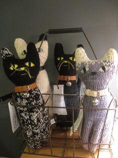 Severina Kids Hand Knitted Cats100% Merino Wool