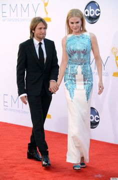 NK in Antonio Berardi at the Emmy's :: electric blue and stark white :: classy couture