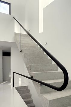 Amazing Grill Designs For Stairs, Balcony and Windows (11)
