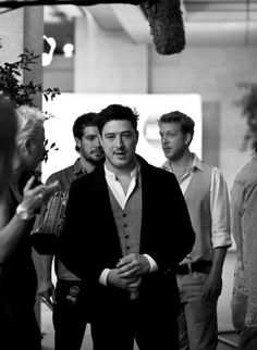 Mumford and his sons. Great Bands, Cool Bands, Marcus Mumford, Mumford Sons, Celebrity Gallery, Film Music Books, Music Lyrics, Man Crush, Music Is Life
