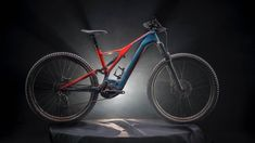 Specialized have taken what they learnt from the new Stumpjumper, and poured it into an all-new Turbo Levo. E Mountain Bike, Electric Mountain Bike, Electric Bicycle, Best Mtb, Specialized Stumpjumper, Nova, Specialized Bikes, Mtb Bike, Motor