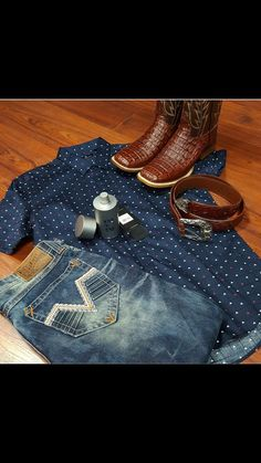 Gators and rockin jeans Informations About Gators and rockin jeans Pin You can. Gators and rockin jeans Informations About Gators and rockin jeans Pin You can easily use my prof Cowboy Outfits, Western Outfits, Western Wear, Western Style, Western Boots, Club Outfits, Girl Outfits, Rodeo Boots, Cowboy Boots