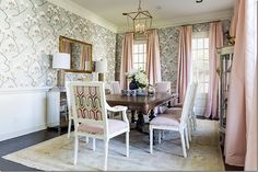 Grey luster Magnolia Wallpaper: Cole & Son.... I love this wallpaper.