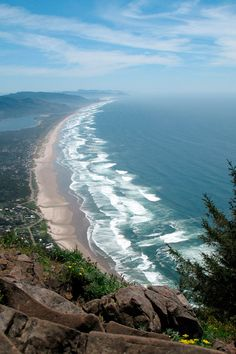 View from Neahkahnie Mountain looking down on Manzanita, OR