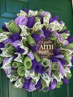 Christmas Mesh Wreaths, Deco Mesh Wreaths, Easter Wreaths, Burlap Wreaths, Spring Wreaths, Door Wreaths, Yarn Wreaths, Ribbon Wreaths, Floral Wreaths
