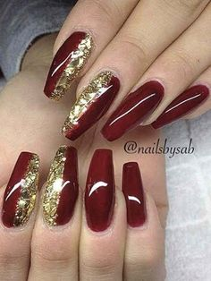 Traditional Easy Red Casket Xmas Nails Designs – Page 2 – Chic Cuties Bl. Xmas Nail Designs, Acrylic Nail Designs, Nail Art Designs, Sexy Nails, Hot Nails, Gorgeous Nails, Pretty Nails, Crome Nails, Red And Gold Nails