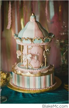 One year old birthday carousel cake