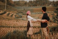 This Couple's Engagement Shoot Depicts the Simple Filipino Life and We Love It! Filipino House, Filipino Art, Filipino Culture, Diy Wedding Decorations, Wedding Themes, Wedding Blog, Dream Wedding, Wedding Ideas, Filipiniana Wedding Theme