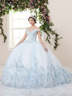 Cinderella Quinceanera Themes, White Quinceanera Dresses, Wedding Dresses, Quinceanera Ideas, Sweet 16 Dresses, 15 Dresses, Cute Dresses, Pageant Dresses, Off Shoulder Ball Gown