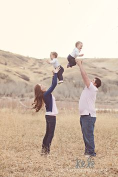 Farrell Family » Photography by Kels: Lethbridge, Alberta Newborn, Family and Childrens Photography