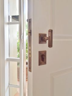 LDH Protector Series mortice lock with T-knob. Installed by The Tidy Tradie - Lock Carpenter, supplied by Mother of Pearl & Sons Trading.