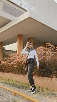 Hijab Style Dress, Casual Hijab Outfit, Ootd Hijab, Casual Outfits, Ootd Fashion, Fashion Outfits, Fasion, Outfit Of The Day, Clothes