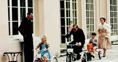 hrhroyalty: GIF of Princess Anne, Prince Philip, Prince Charles and Princess Margaret Royal Family Pictures, Queen Pictures, Prince Phillip, Prince Charles, Princesa Margaret, The Crown Series, Margaret Rose, Queen Of Everything, Elisabeth