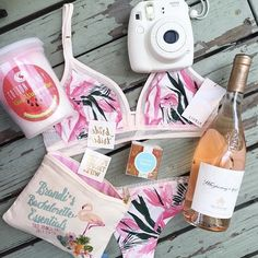 We're loving all of these #bachelorette party essentials! 👏🏼👏🏼 @brandimilloy