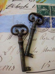 I love antique keys